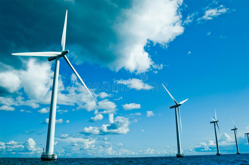 tätare horisontalwindmills arkivbild