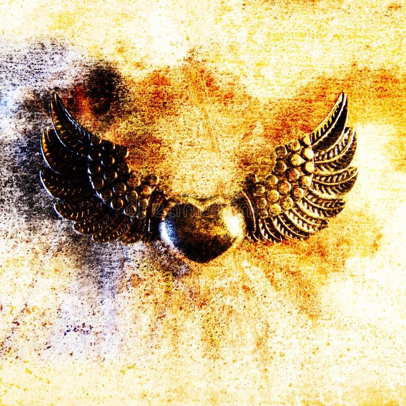 tätt hjärtametallmotiv upp vingar royaltyfri foto
