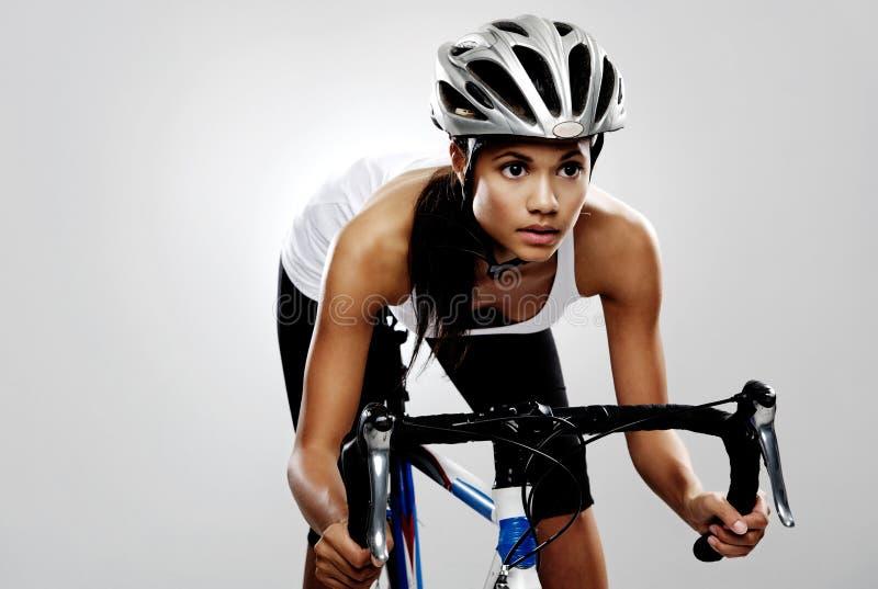 tävlings- vägkvinna för cykel royaltyfria bilder
