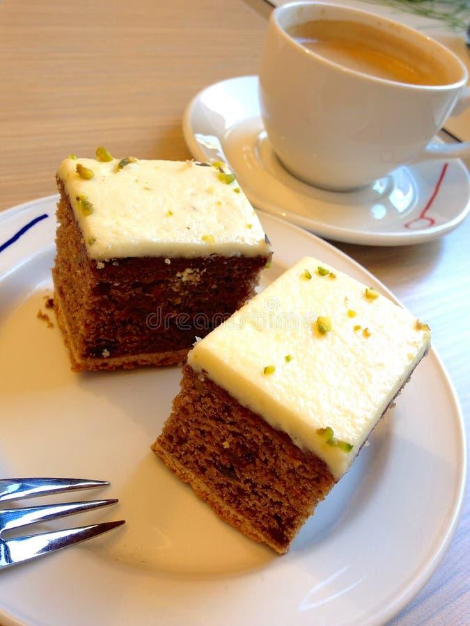 Tårta med kaffe fotografering för bildbyråer