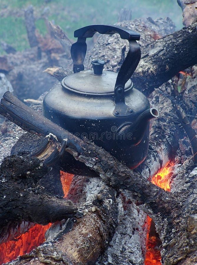 Tè con un odore di un fumo fotografia stock