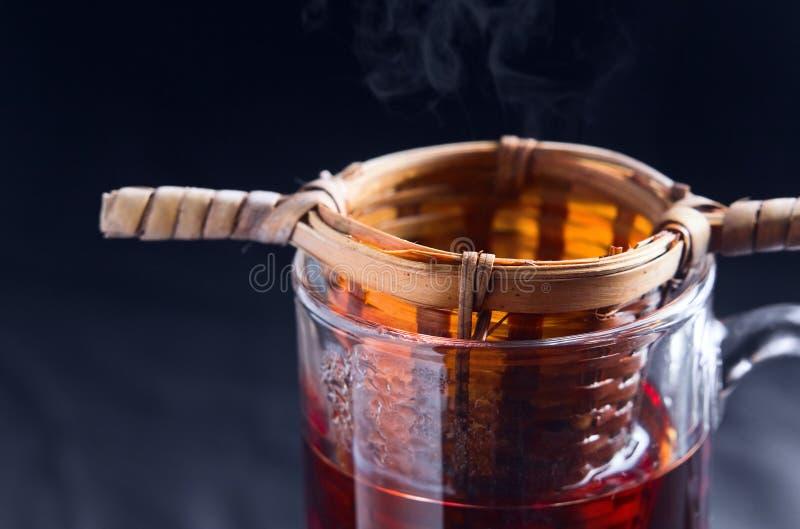 Tè nero caldo fotografia stock libera da diritti