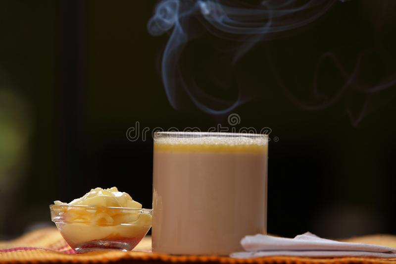 """Tè tibetano delizioso del burro, ¡ del chà del ³ u del yà di SÅ """", Po Cha, ¼ mA dello sà di Cha, immagine stock libera da diritti"""
