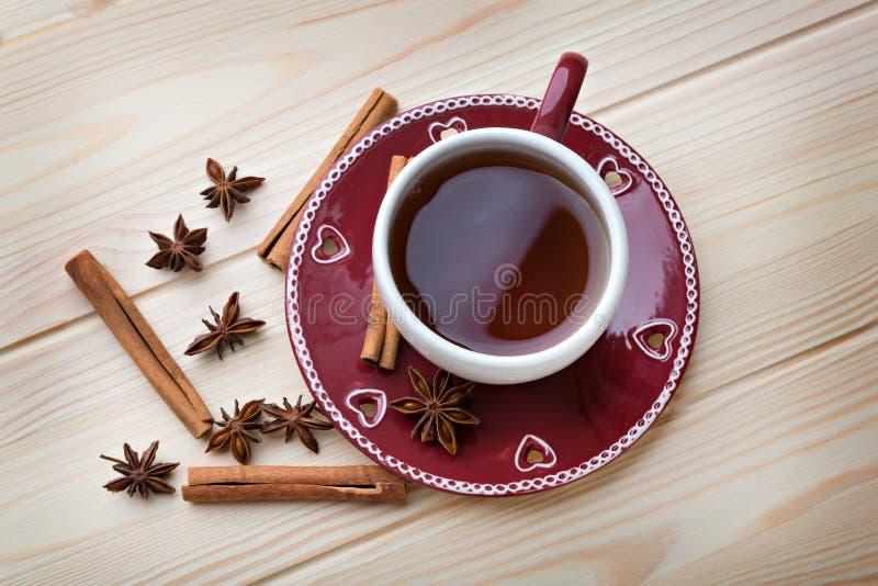 Tè in una tazza rossa fotografia stock libera da diritti
