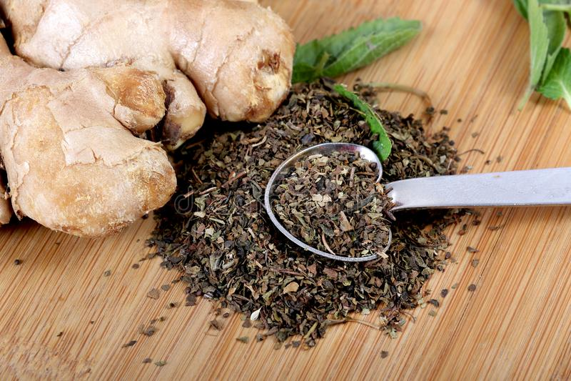 Tè verde e zenzero fotografie stock libere da diritti