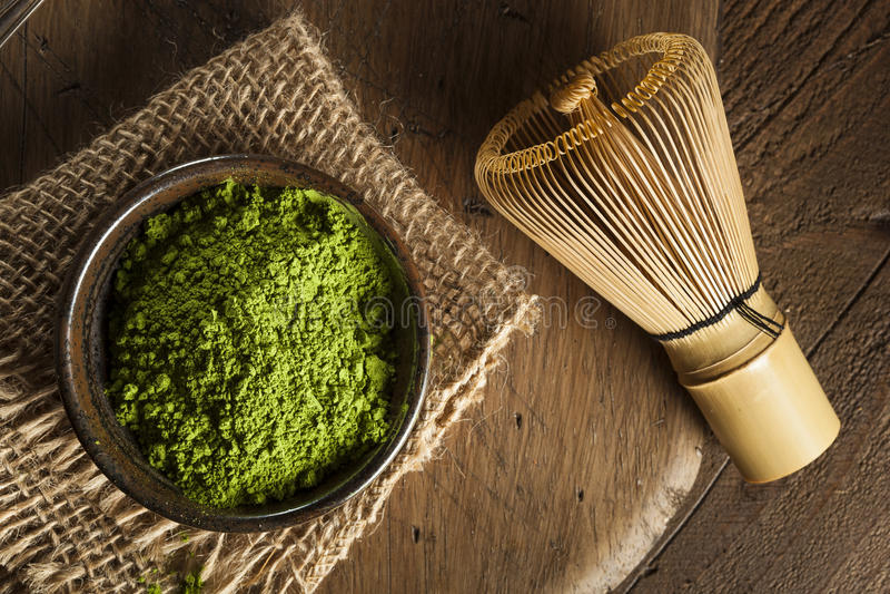 Té verde orgánico crudo de Matcha foto de archivo