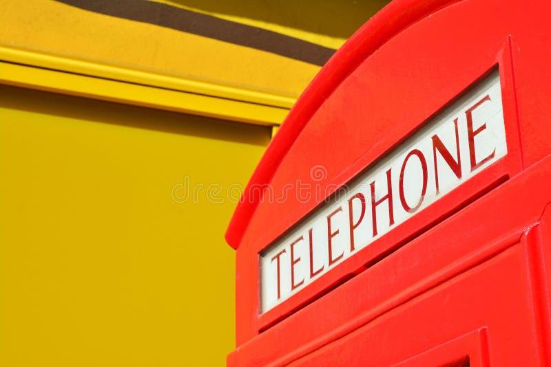 Download Téléphone image stock. Image du rétro, jaune, course - 56480491