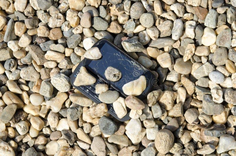 Téléphone cassé images stock