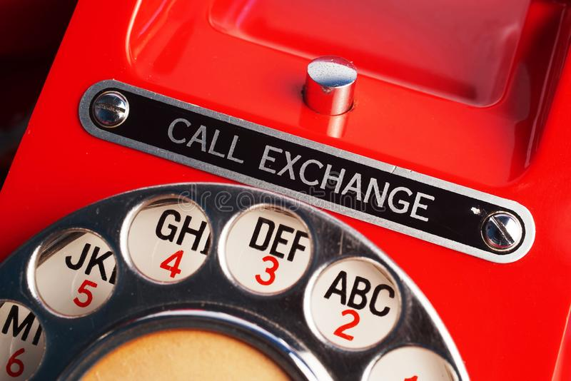 Téléphone de cadran rotatoire d'échange d'appel photo libre de droits