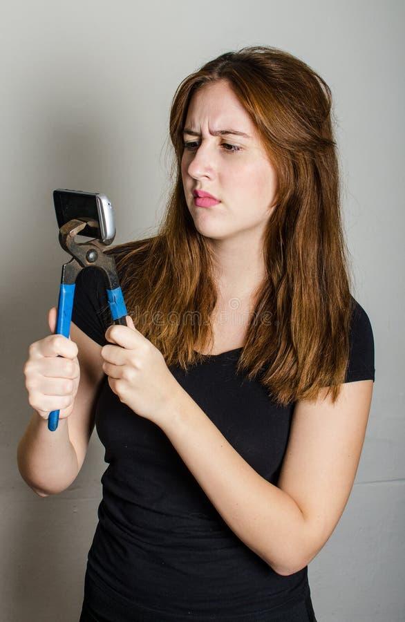 Téléphone portable cassé photos libres de droits