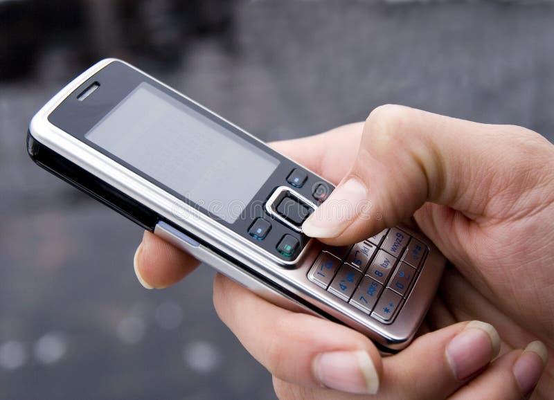 Téléphone portable dailing image stock