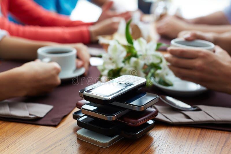 Téléphones mobiles photo libre de droits