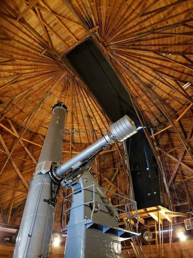 Télescope chez Lowell Observatory dans la hampe de drapeaux, AZ images libres de droits