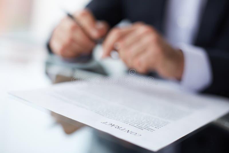 Términos del contrato imagen de archivo