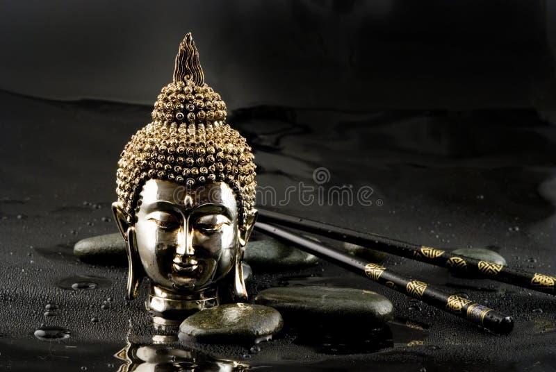 Download Tête de Bouddha photo stock. Image du rouge, asie, bouddha - 4350080
