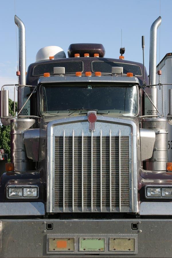 Tête de camion en fonction images stock