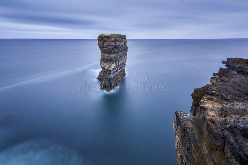 Tête de Downpatricks chez l'Irlande, nature photo stock