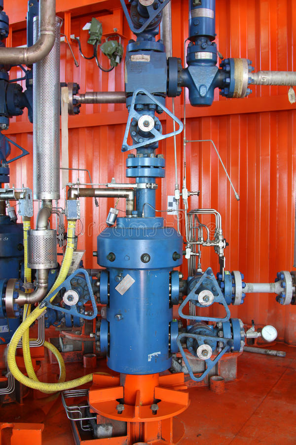 Tête de puits de production images stock