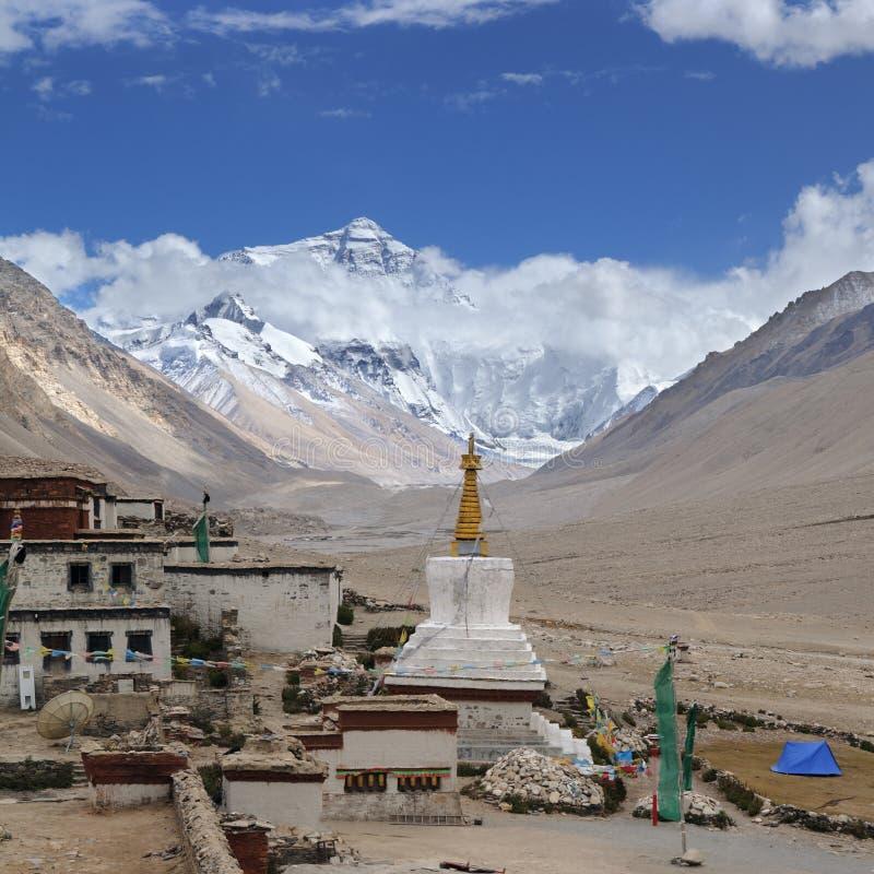 Tíbet: monasterio del rongbuk fotografía de archivo libre de regalías