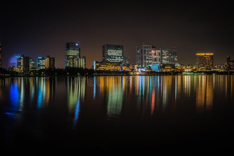Tóquio de Japão, na noite no odaiba fotografia de stock royalty free