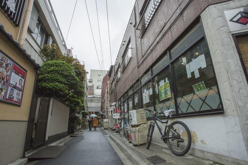 TÓQUIO, JAPÃO - 30 DE MAIO DE 2016: Steert no Tóquio, Japão O Tóquio é th foto de stock