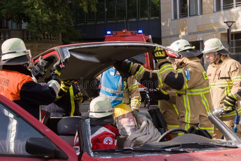 Tödlicher Verkehrsunfall - Person eingeschlossen lizenzfreie stockbilder
