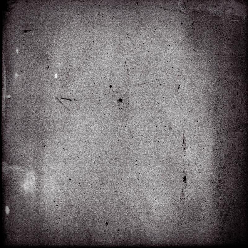 Töm den fyrkantiga svartvita filmramen med tungt korn arkivbilder