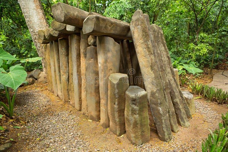 túmulo da pedra do olmec do Pre-hispânico imagem de stock
