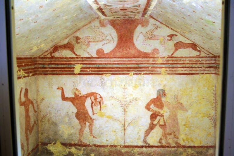 Túmulo de Etruscan fotos de stock