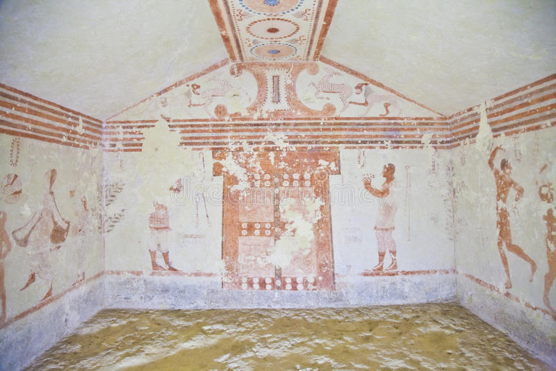 Túmulo de Etruscan foto de stock royalty free