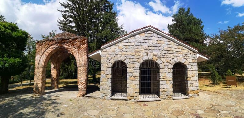 Túmulo de Thracian de Kazanlak, Bulgária fotografia de stock