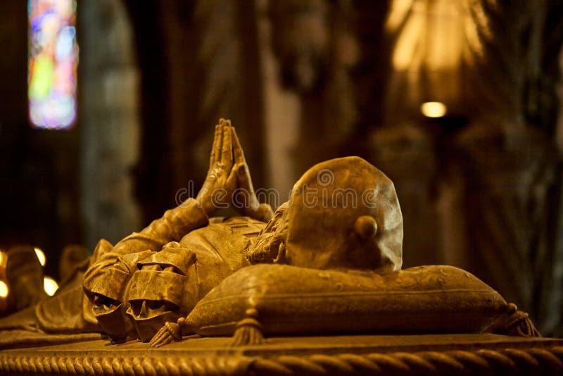 Túmulo do monastério de Jeronimos em Lisboa, Portugal imagem de stock