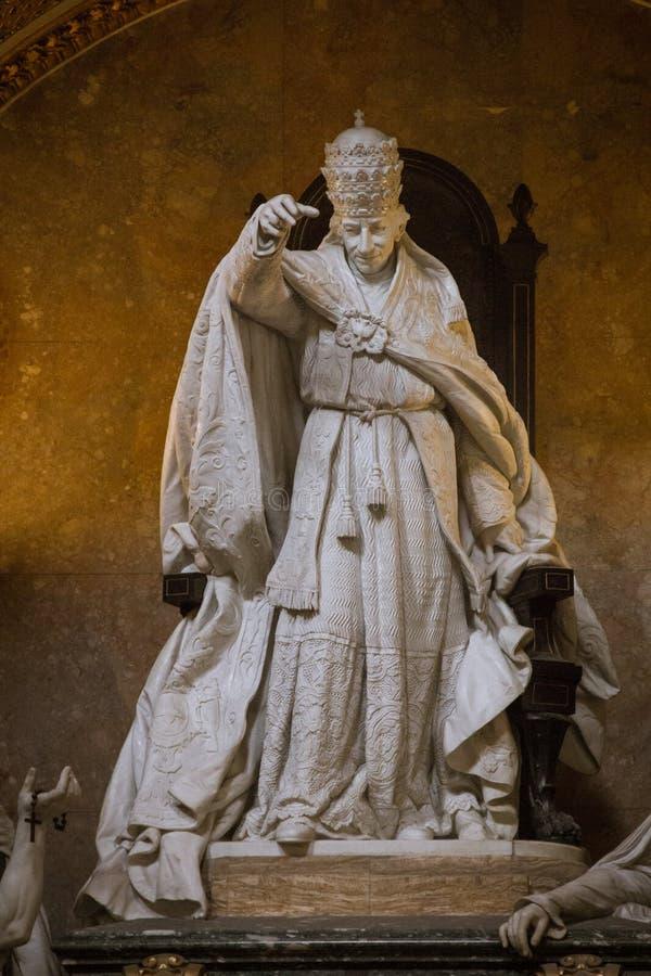 Túmulo do papa Leão XIII imagem de stock royalty free