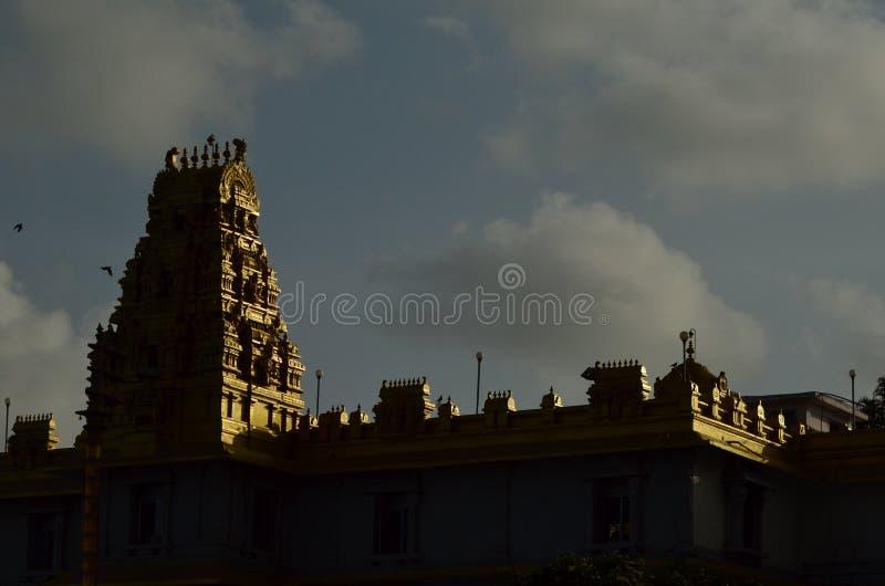 Túmulo do templo na noite imagem de stock