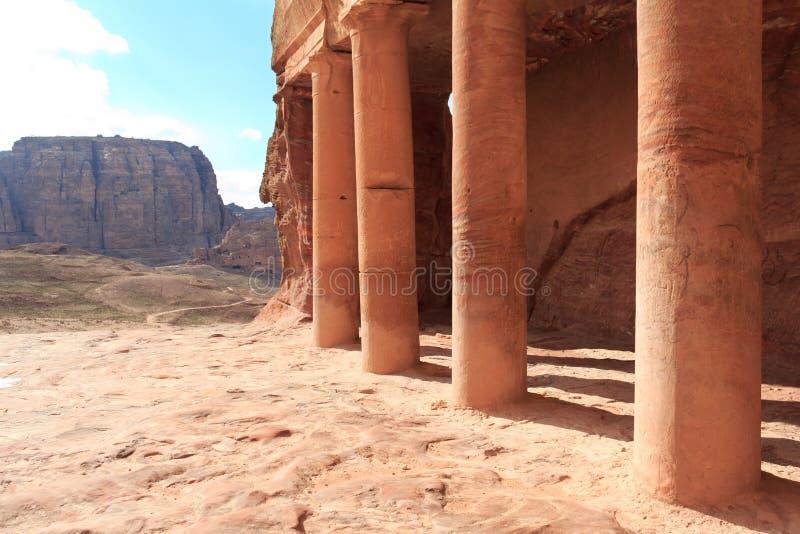 Túmulo do Urn em PETRA imagem de stock royalty free