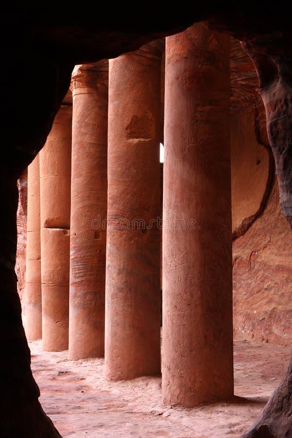 Túmulo em PETRA antigo, Jordão do Urn foto de stock royalty free