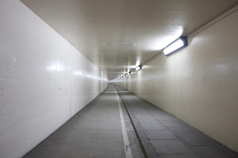 Túnel branco imagens de stock royalty free
