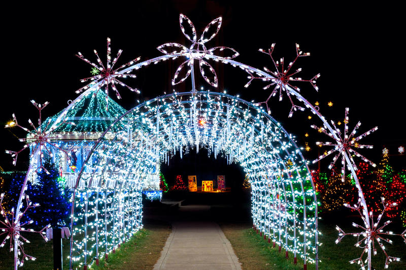 Túnel da luz de Natal fotografia de stock