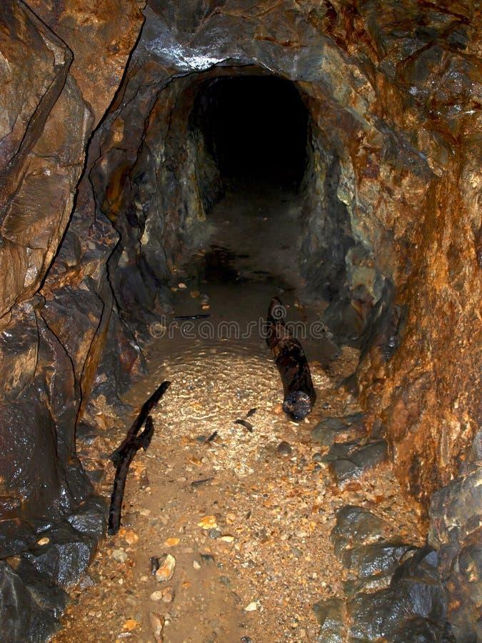 Túnel da mineração fotografia de stock