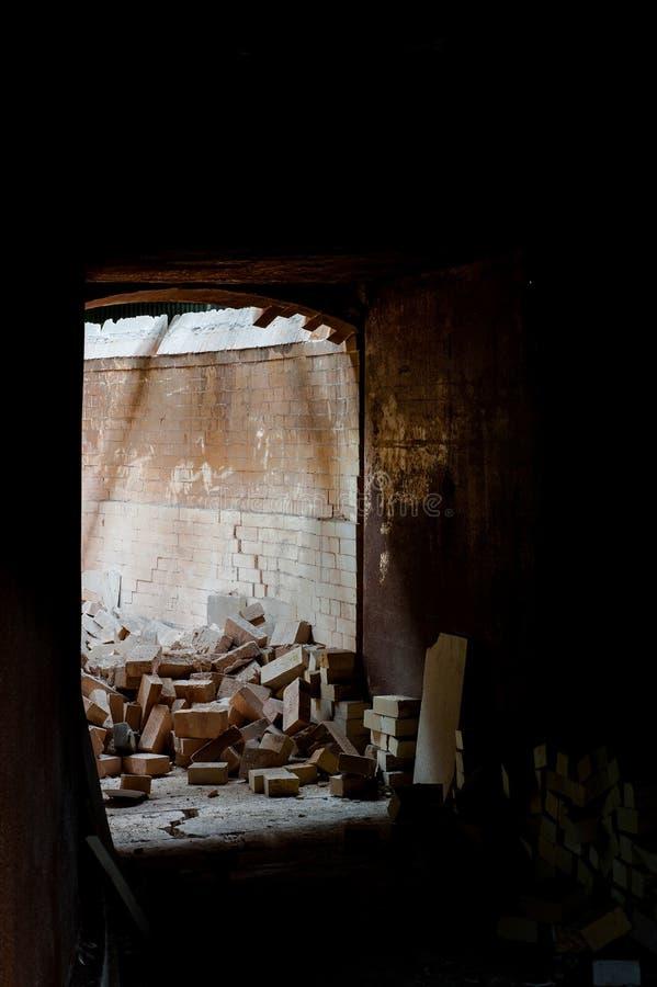 Túnel de Brick Kiln em Colapso - Fábrica de Potências de Shenango Abandonada - Novo Castelo, Pensilvânia fotos de stock royalty free