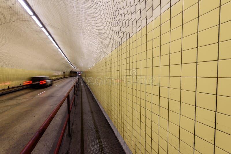 Túnel de Broadway da arrecadação de Robert C aka em San Francisco fotos de stock