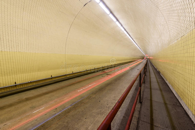 Túnel de Broadway da arrecadação de Robert C aka em San Francisco imagens de stock