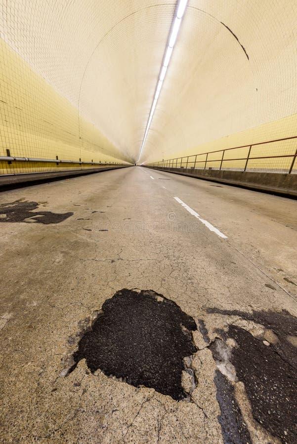 Túnel de Broadway da arrecadação de Robert C aka em San Francisco fotografia de stock