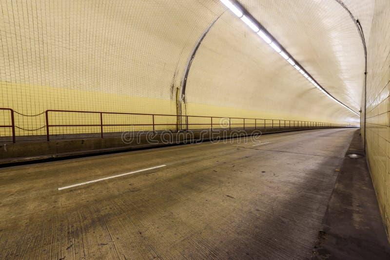 Túnel de Broadway da arrecadação de Robert C aka em San Francisco fotografia de stock royalty free