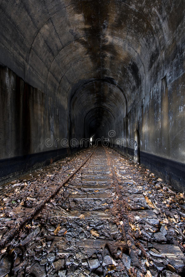 Túnel de ferrocarril abandonado - Ohio imagen de archivo libre de regalías