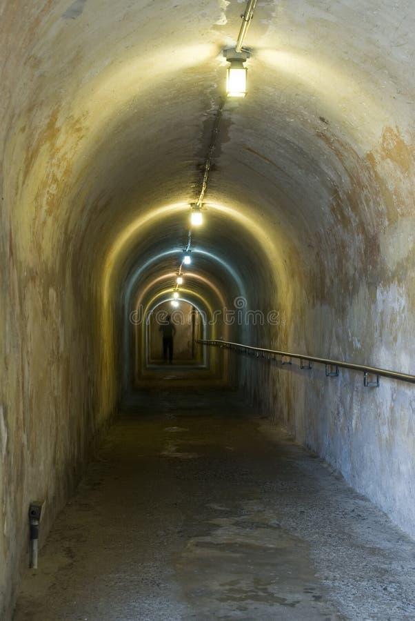 Túnel dentro del cristob de san de la fortaleza fotos de archivo libres de regalías