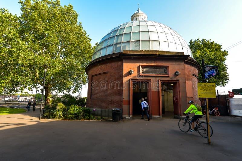 Túnel do pé de Greenwich - Londres imagens de stock