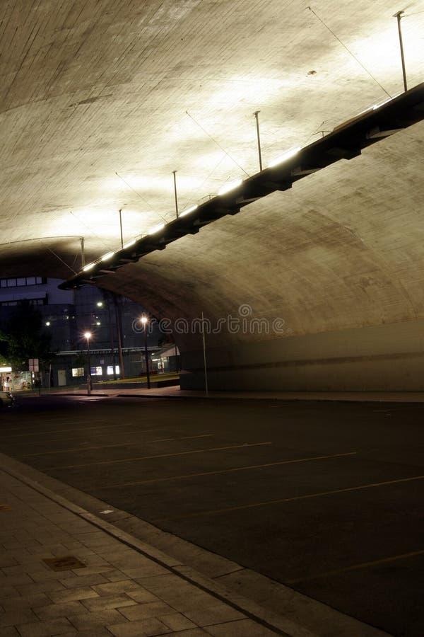 Túnel escuro fotos de stock