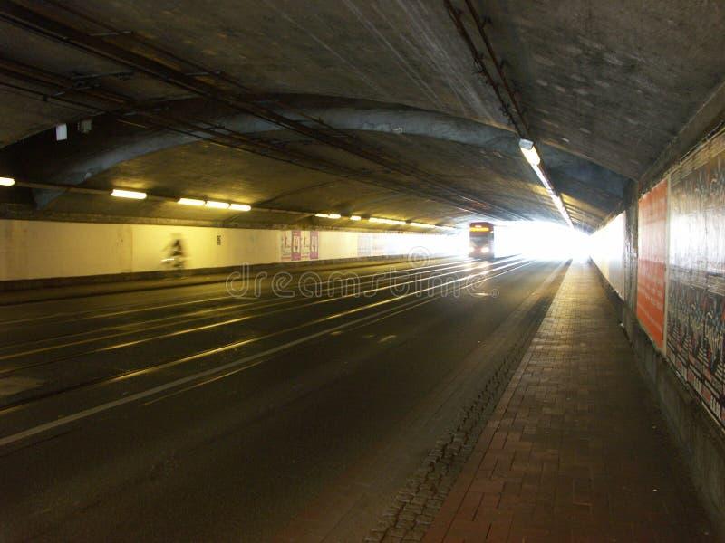Túnel escuro imagens de stock