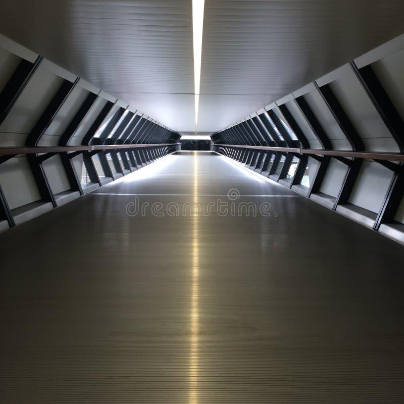 Túnel futurista imagenes de archivo